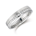 Platinum & Round Brilliant Cut Diamond (0,50ct Total) Ring